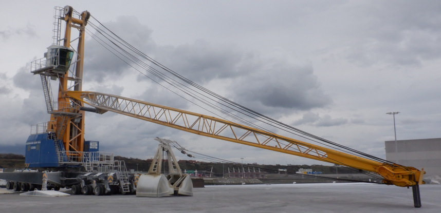 Integrity assessment of a mobile crane exploiting to Boulogne sur Mer port