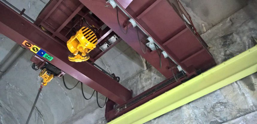 AXS INGENIERIE assists EDF to electrical rehabilitation of 50T overhead crane